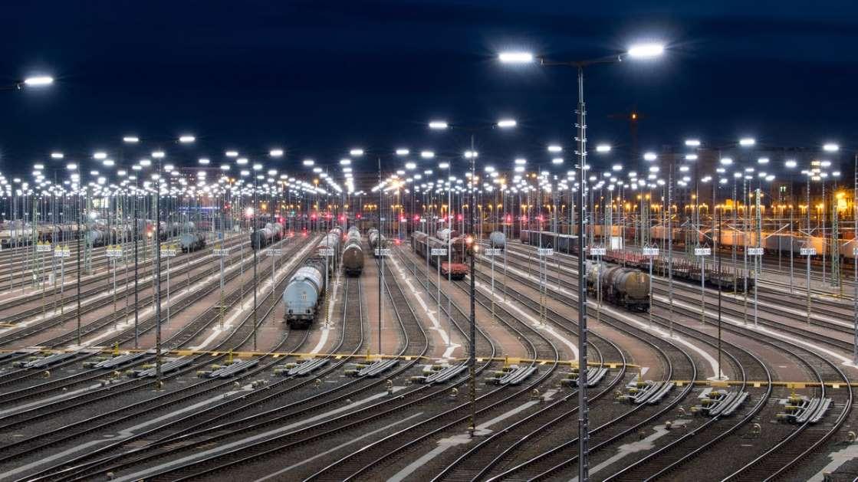 """Deutsche Bahn: """"Das ist Wettbewerbsverzerrung"""""""